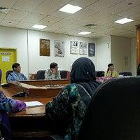 Photo taken at Makmal Kesihatan Awam Kebangsaan by Pris D. on 4/3/2012