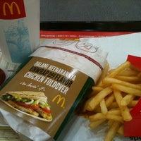 Photo taken at McDonald's by Masako H. on 5/8/2012