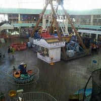 Foto tirada no(a) Shopping Riverside por Andretty F. em 8/21/2012