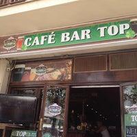 Foto tomada en Café Bar Top por Elizaveta el 7/27/2012