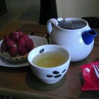 Photo taken at Zen Tara Tea by Lyle I. on 3/17/2012