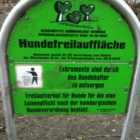 Photo taken at Hundeplatz Telemannstraße by frollein b. on 3/11/2012