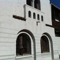 Foto diambil di Castillo Surfista Hostel oleh CzarC pada 6/12/2012
