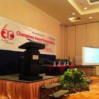 Photo taken at Alamanda Ballroom Imperial Aryaduta by AFDHAL on 2/2/2012