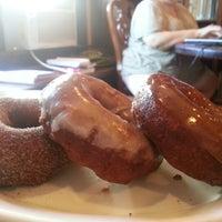 Photo taken at Rocking Frog Cafe by Jacob Louis P. on 8/16/2012