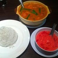 Photo taken at Pormtip Thai Restaurant by Alex l. on 2/21/2012