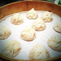 Photo taken at Din Tai Fung by LittLe J. on 5/2/2012