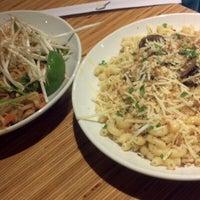 Foto scattata a Noodles & Company da Liana M. il 7/31/2012