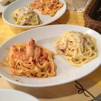Photo taken at TRATTORIA IL PACIOCCONE by Onishi T. on 3/7/2012