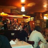 Das Foto wurde bei Paris Bar von Lutz E. am 5/12/2012 aufgenommen