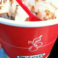 Photo taken at Brusters Ice Cream by Jorge on 9/7/2012