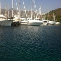 Photo prise au Marmaris Yacht Marina par Куzя 😈 le7/30/2012