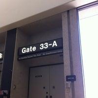 5/25/2012にHawaiian M.がGate 33で撮った写真