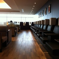 Photo taken at ANA Arrival Lounge by Naoki N. on 2/26/2012