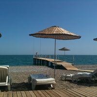 4/23/2012 tarihinde Berk A.ziyaretçi tarafından Hotel Su Beach'de çekilen fotoğraf