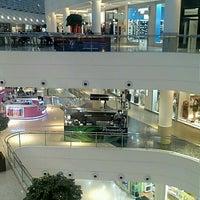 Foto scattata a Shopping Palladium da Ivan C. il 8/27/2012