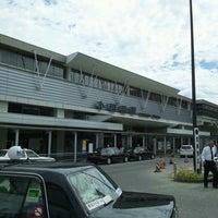 Photo taken at Odawara Station by Itoh T. on 8/16/2012