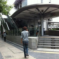 Photo taken at MRT Si Lom (SIL) by Pang T. on 7/7/2012