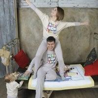 Photo taken at Mamanonstop одежда для родителей и детей в едином стиле by mamafedi m. on 4/9/2012