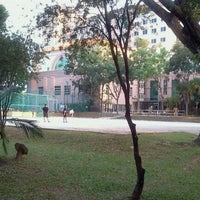 Photo taken at Open Space/ Closed Carpark @ Blk 6 Ghim Moh Road by Where's Uncle Flea? on 2/23/2012