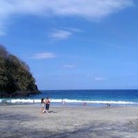 Photo taken at Virgin Beach by Toshiyuki S. on 8/27/2012