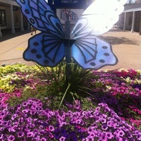 Photo taken at Lighthouse Place Premium Outlets by Shirley RN on 7/29/2012