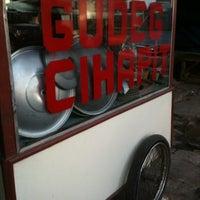 Photo taken at Gudeg Cihapit by Sunjaya H. on 6/13/2012