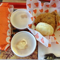 Photo taken at Popeye's Louisiana Kitchen by Praxeas T. on 3/2/2012