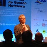 Photo taken at 2º Fórum Nacional de Gestão Hoteleira by Luiz M. on 6/20/2012