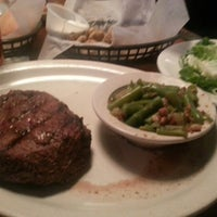 Photo taken at Texas Roadhouse by Marc R. on 7/12/2012