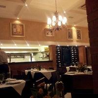 Foto tirada no(a) Maccherone Culinária Italiana por Newton G. em 4/13/2012
