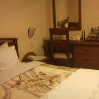 Photo prise au Hotel Fernando Plaza par Camilo L. le4/24/2012