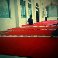 Photo taken at Masjid Al-Hidayah by Rendi S. on 2/10/2012