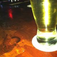 รูปภาพถ่ายที่ Rivertowne โดย Ryan H. เมื่อ 4/27/2012