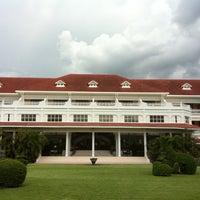 Photo taken at Centara Grand Beach Resort & Villas Hua Hin by Santi S. on 5/2/2012