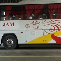 Photo taken at JAM Liner Bus Terminal by wHeNg B. on 8/30/2012