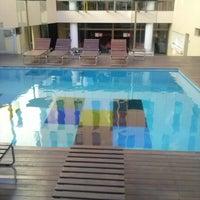 Foto tomada en Axel Hotel por Edu A. el 8/19/2012