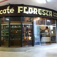 Foto scattata a Café Floresta da Fabio T. il 4/30/2012