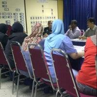 Photo taken at Balai Polis Kg Tawas by Hafez M. on 2/9/2012