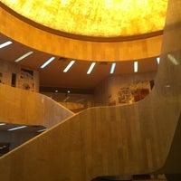 Photo prise au Museo de Arte Moderno par Cesar L. le7/21/2012
