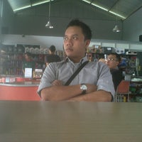 Photo taken at Automaster by Iwan O. on 8/12/2012