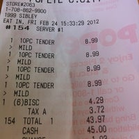 Photo taken at Popeye's Chicken & Buscuits by K W. on 2/24/2012