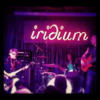 Foto tirada no(a) The Iridium por Cathryn K. em 6/14/2012
