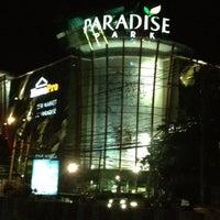 Photo taken at Paradise Park by Kiattipoom C. on 3/10/2012