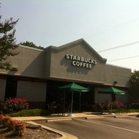 Photo taken at Starbucks by David W. on 6/28/2012