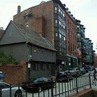 Das Foto wurde bei Paul Revere House von Andrew K. am 8/11/2012 aufgenommen