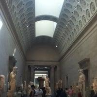 8/30/2012 tarihinde Mari Z.ziyaretçi tarafından Greek and Roman Art'de çekilen fotoğraf