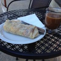 รูปภาพถ่ายที่ Phelan Good Cafe โดย @chrislol เมื่อ 6/24/2012