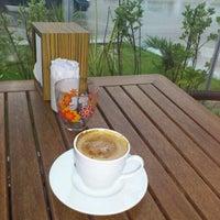 Foto scattata a Motta Pasticceria da E r s i n K. il 5/28/2012