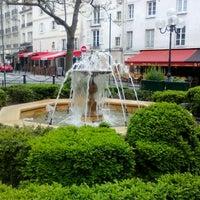 Photo taken at Place de la Contrescarpe by Max on 5/2/2012